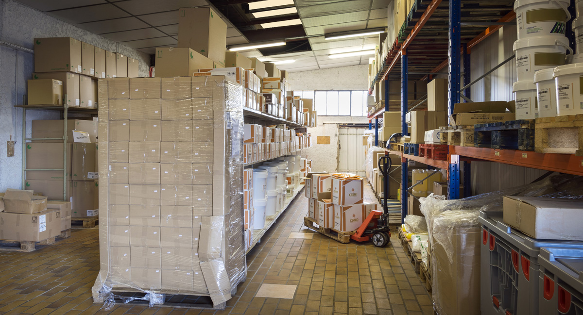 Saintonge Distribution Varzay entrepôt